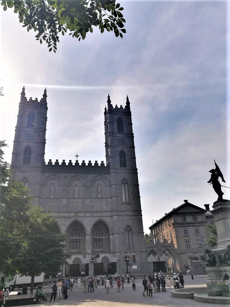 Notre-Dame de Montreal von außen