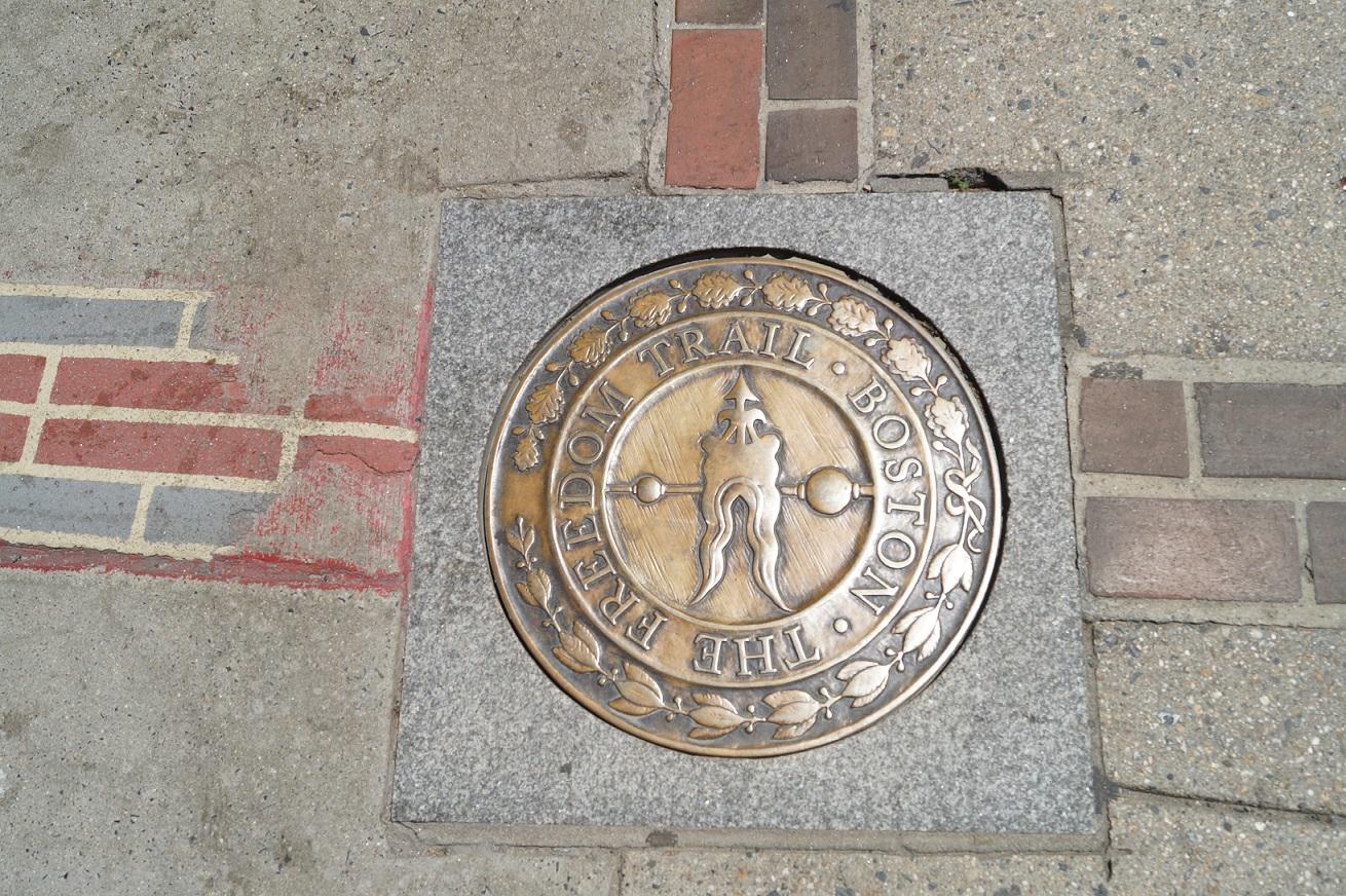 Die Markierung des Freedom Trails in Boston