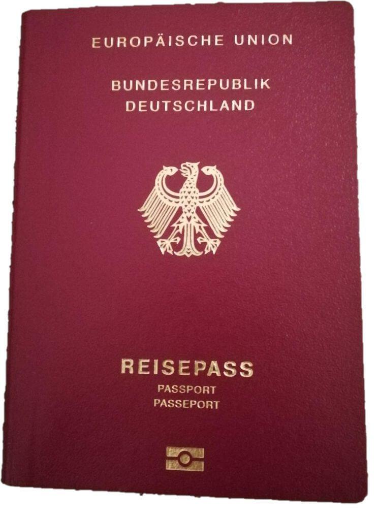 Für die Einreise benötigt ihr einen gültigen Reisepass