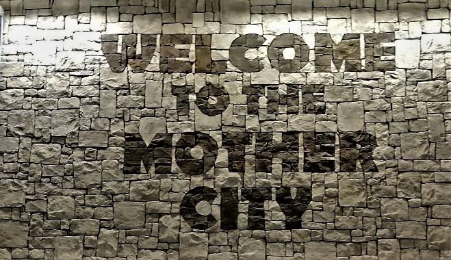 Welcome to Capetown Schriftzug am Flughafen.