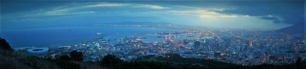 Sonnenaufgang in Kapstadt auf dem Signal Hill - die Alternative zum Lion's Head